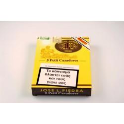 Jose L. Piedra Petit Cazadores box of 5